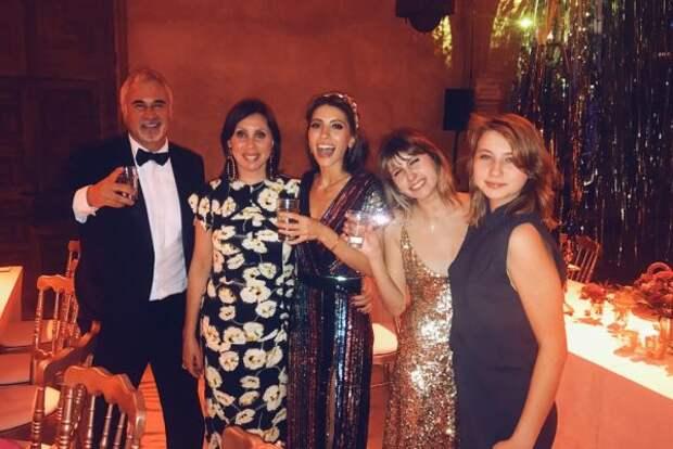 Валерий Меладзе с бывшей женой Ириной и дочками