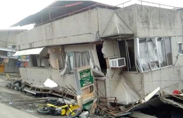 Появились фото и видео последствий мощного землетрясения на Филиппинах