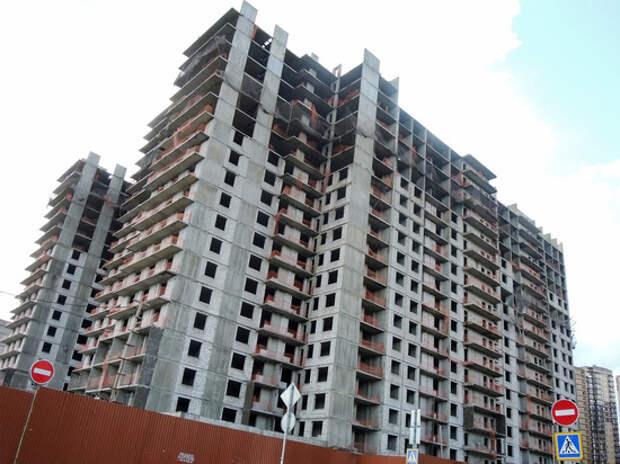 Покупка жилья по низким ставкам обходится на сотни тысяч рублей дороже, чем в начале года - по коммерческим