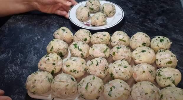 Три картошки и 300 г мяса. Лучший в мире картофельный рецепт
