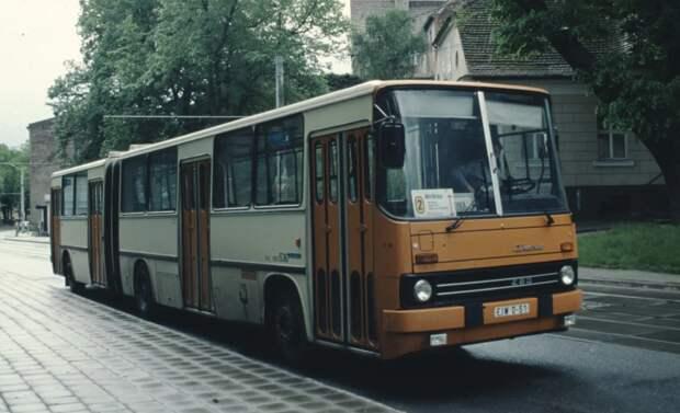 """Почему «гармошка» Ikarus-280 получил прозвище """"БМРТ""""?"""