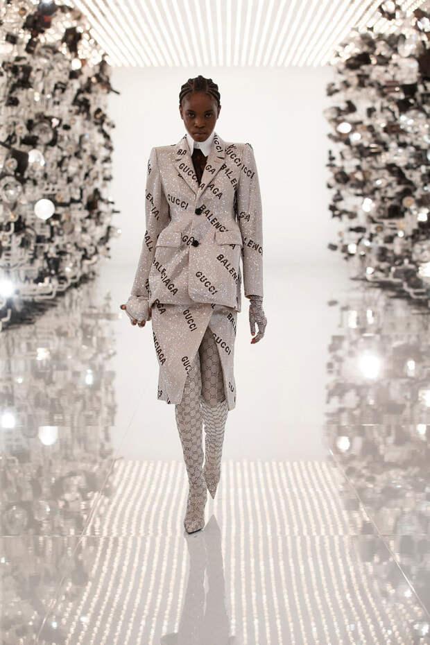 Колаборация Gucci и Balenciaga