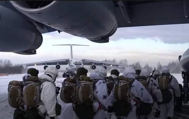 «В рамках наращивания боевых возможностей»: Шойгу анонсировал создание новых полков ВДВ