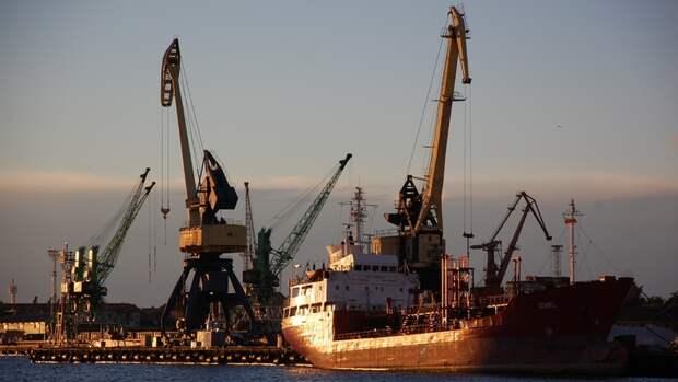 160 тысяч тонн российской нефти закупил Минск без премии