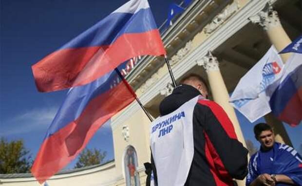 Киев ждет, что Народные республики Донбасса самоликвидируются, а русские мешают