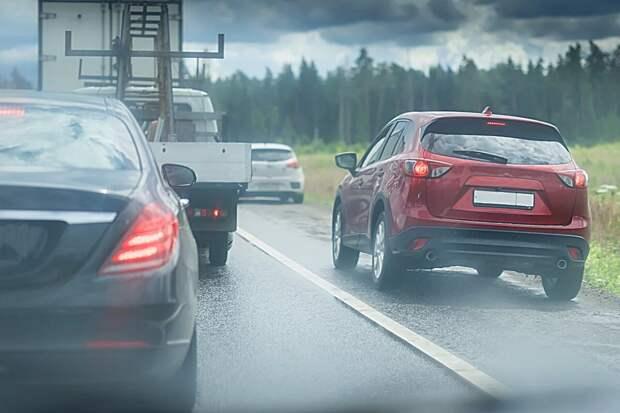 Как дальнобойщики поступают с автохамами на дороге