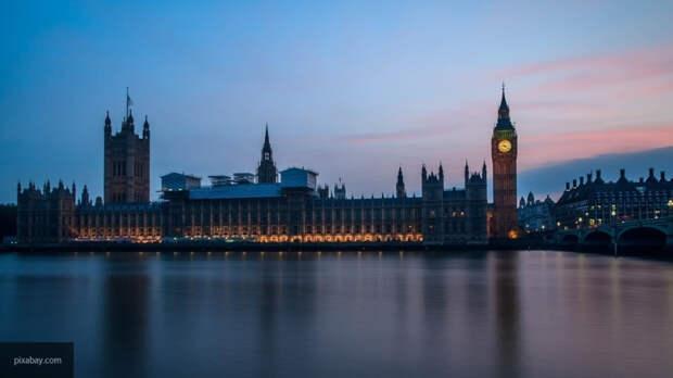 """Политолог объяснил, зачем Британия объявила российских бизнесменов """"угрозой демократии"""""""
