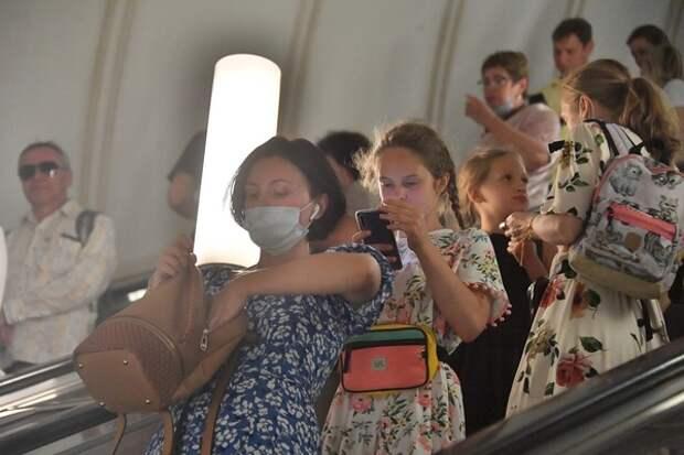 Подмосковье против карантина, а в Волгограде на продавцов бросаются покупатели без перчаток