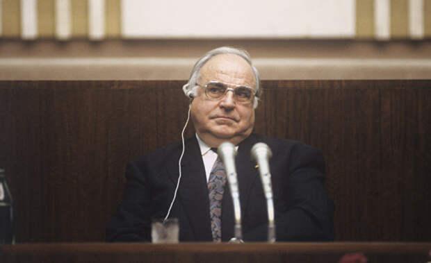 Из тет-а-тет беседы Горбачева с Колем 10 февраля 1990 года