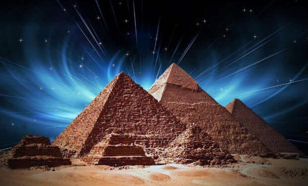 Поисковики провалили пол в пирамиде Хеопса: экспедиция спустилась в закрытую камеру