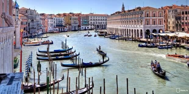 Для пенсионеров из Южного Медведкова запустили онлайн-экскурсии по городам Италии