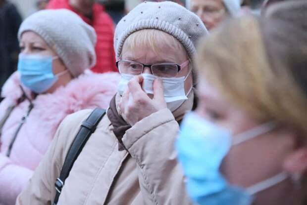 Новое пособие: пенсионерам хотят выдавать по 10 тысяч рублей на покупку защитных масок