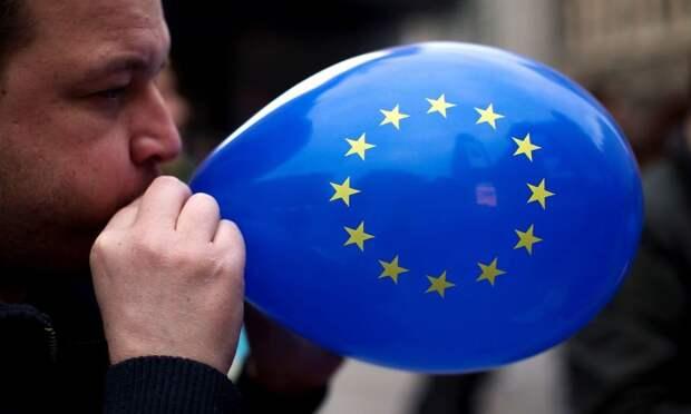 Лишь бы США порадовать: европейские прихвостни хотят «наказать» РФ из-за Донбасса
