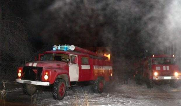 На пожаре в Новотроицке трагически погиб мужчина