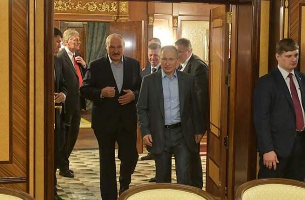 Лукашенко предложил России вступить в состав Беларуси