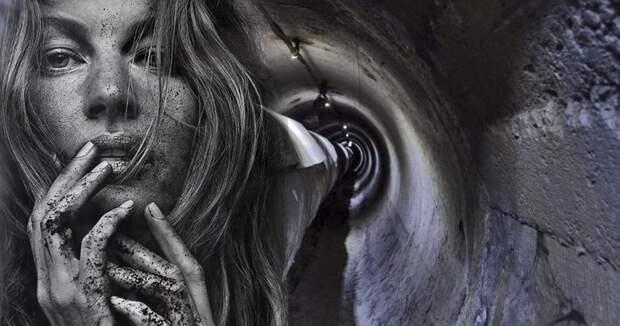 Обнаженная американка вошла в странные двери и пропала на три недели в ливневке