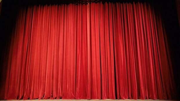 Скончался хореограф Королевского балета Великобритании Лиам Скарлетт