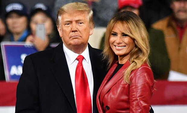 Ухожу красиво: Мелания Трамп надела красное кожаное пальто на митинг в Джорджии