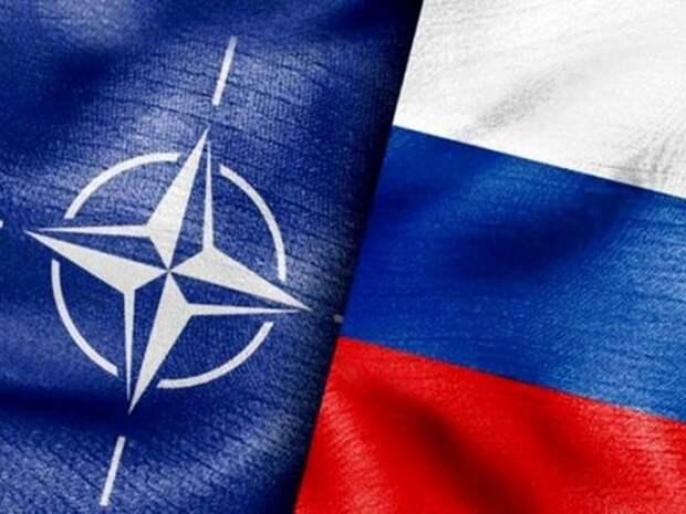 В НАТО потребовали от России исключить США и Чехию из списка «недружественных стран»