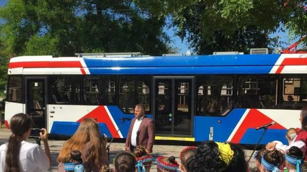 В Евпатории состоялась презентация нового трамвая