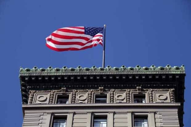 Противостояние продолжится: политологи оценили заявление США о новых санкциях