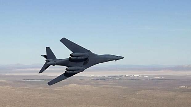 """""""Ракетный ливень"""" в Черном море лишит США стратегической авиации"""