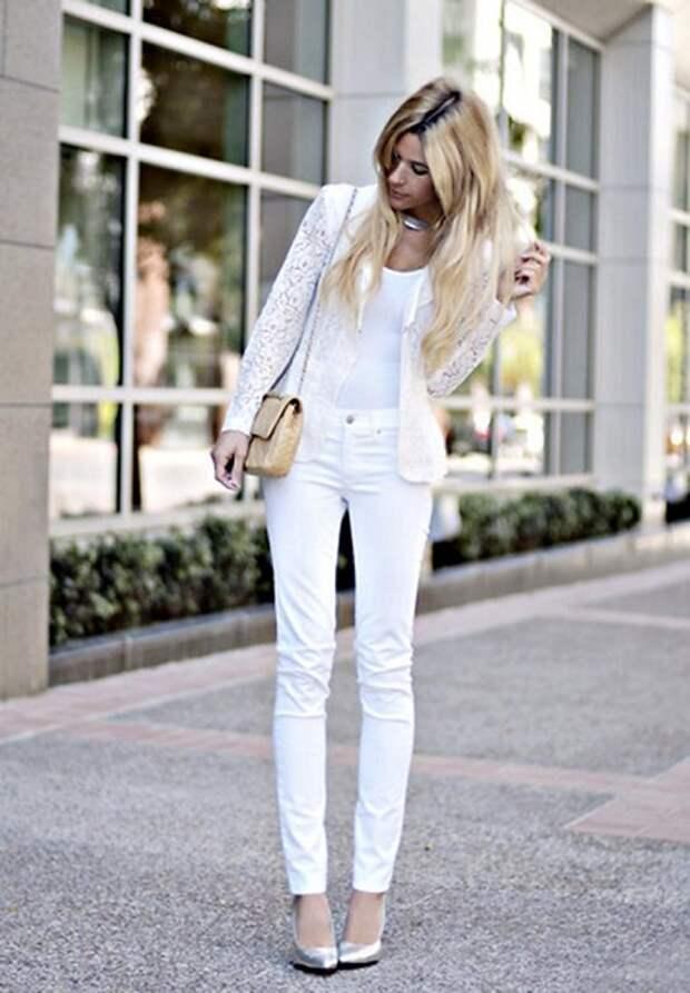 Белая одежда сделает любой образ более дорогим
