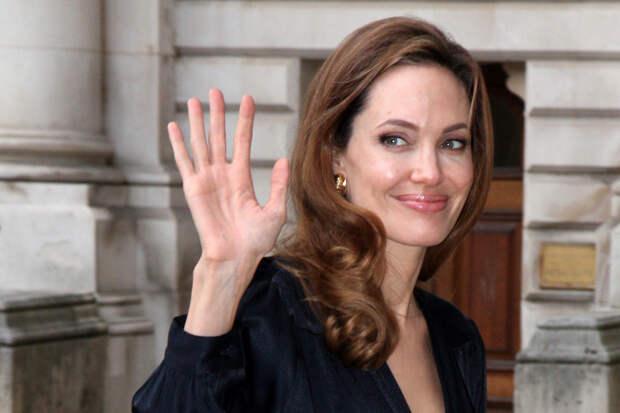 Джоли рассказала, как развод с Питтом повлиял на её карьеру