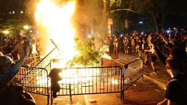 """""""Вечером все меняется"""". Рассказы очевидцев о беспорядках в США"""