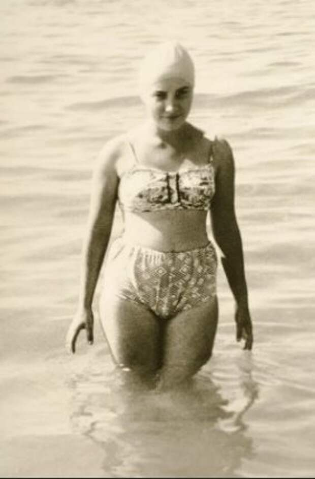 Как выглядели женщины СССР на отдыхе