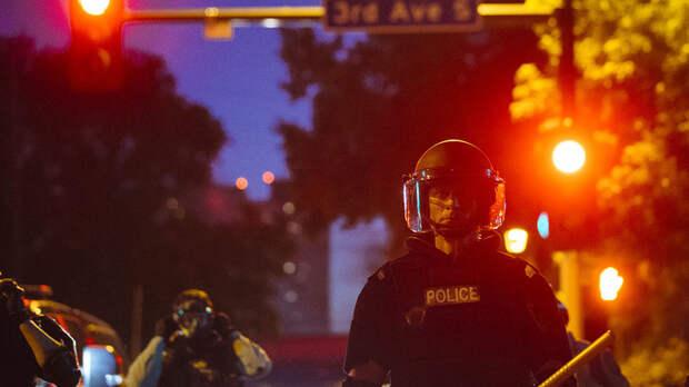 Смерть нации: Эксперты США назвали пять признаков гражданской войны