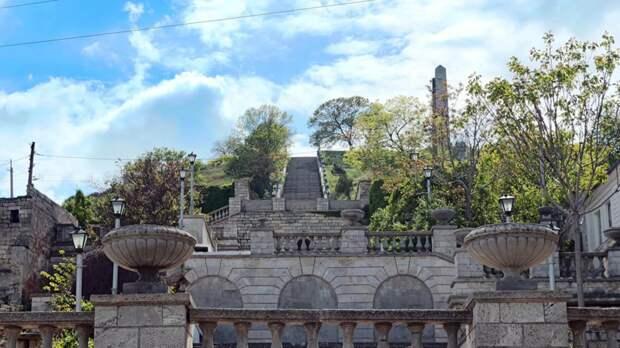 В Керчи рассказали о работе по реставрации Митридатских лестниц