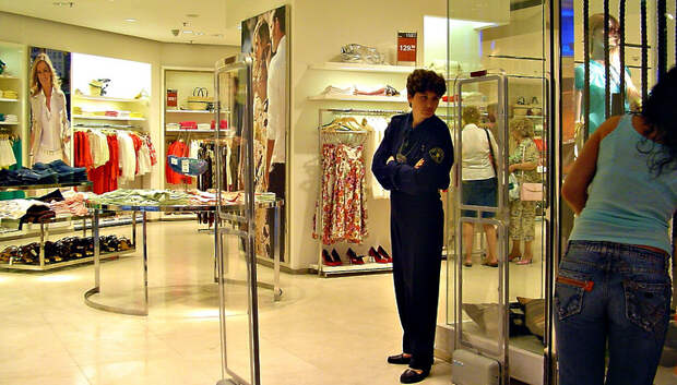 Воробьев рассказал, когда в Подмосковье заработают торговые центры