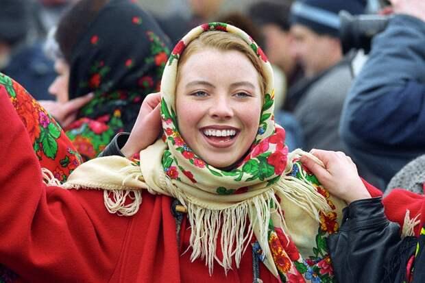 В любой точке нашей - самой большой в мире - страны люди, какой бы национальности они ни были, всегда поймут друг друга. Фото Бориса Кавашкина /ТАСС