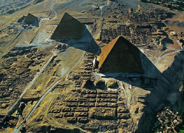 Египетские пирамиды и Сфинкс: мифы о них, которые навязал кинематограф
