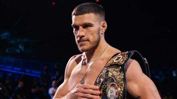 Немков вовторой раз защитил титул чемпиона Bellator вполутяжелом весе