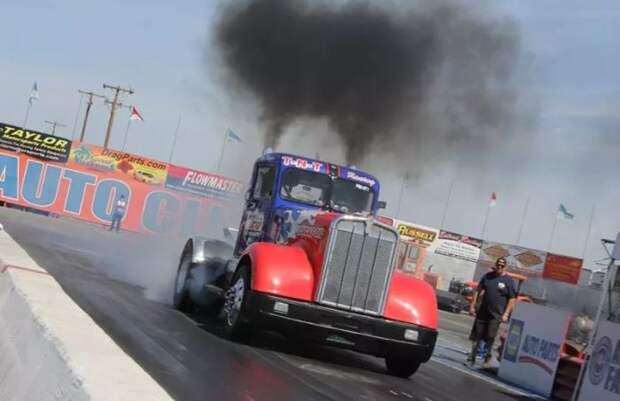 Не реактивный грузовик, который при этом очень быстрый.