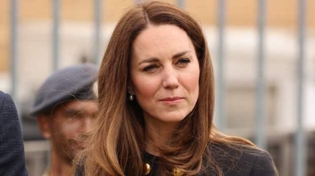 Кейт Миддлтон появилась на публике в серьгах королевы Елизаветы II