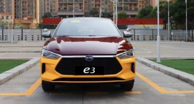 Китайский электрокар BYD e3 для автошкол за 1 500 000 руб. получил имитацию «механики»