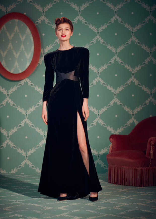От богемных платьев до уютных пижам: лукбуки новогодних коллекций российских дизайнеров