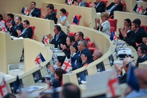 Какова роль СССР и самой Грузии в ВОВ? – оценка депутатов Парламента Грузии