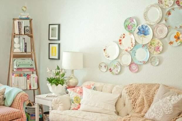 Тарелки на стенах: 17 идей декора