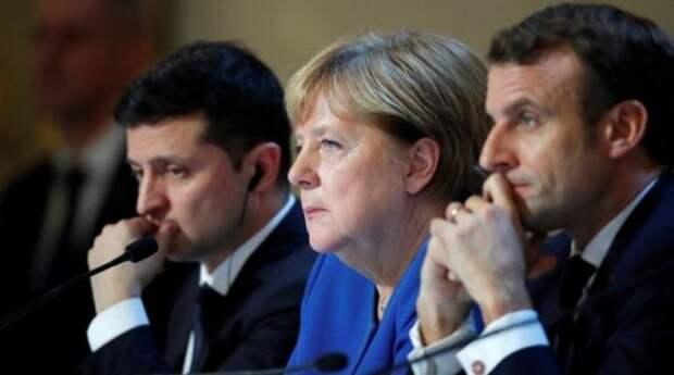 Макрон, Меркель иЗеленский провели видеоконференцию