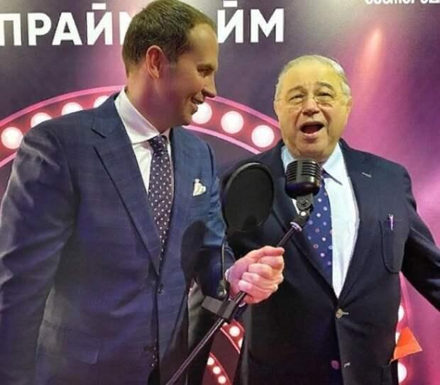 Адвокат Сергей Жорин показал снимок Евгения Петросяна с одной деликатной деталью