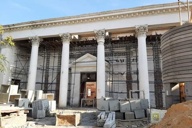 Реставрация здания кинотеатра «Победа» ведется по графику