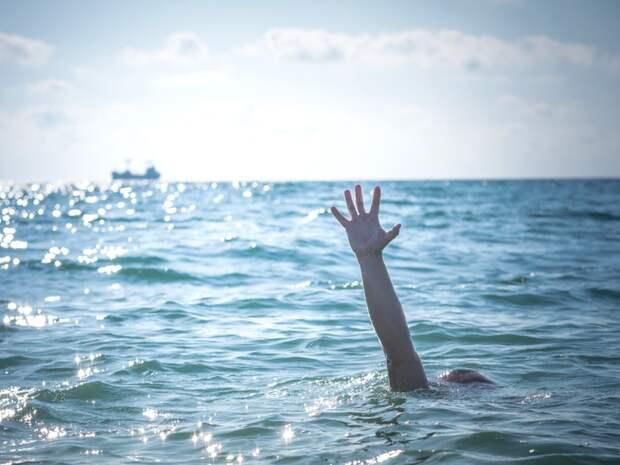 Купальный сезон: как распознать тонущего человека