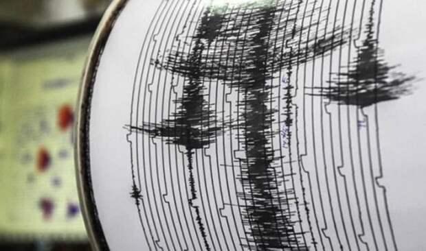 Сильное землетрясение произошло на северо-востоке Японии