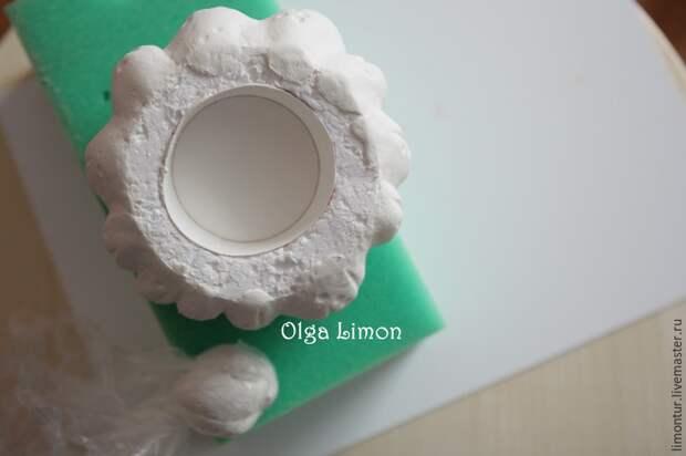 Из самых обычных материалов мастерица сделала необычный предмет интерьера