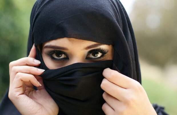 Любовь догроба: трагическая история арабской принцессы, которую казнили из-за любви