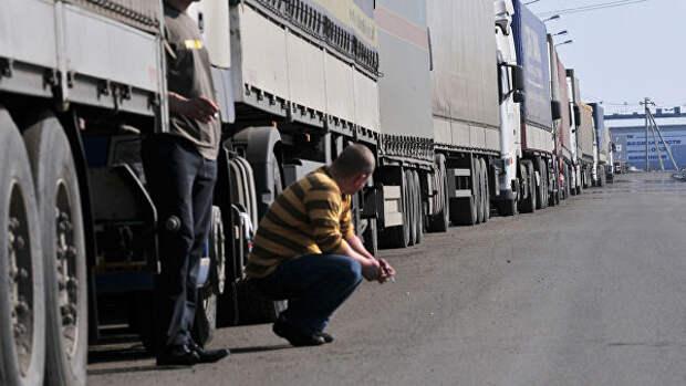 Дальнобойщиков начнут лишать прав и автомобиля за перевес